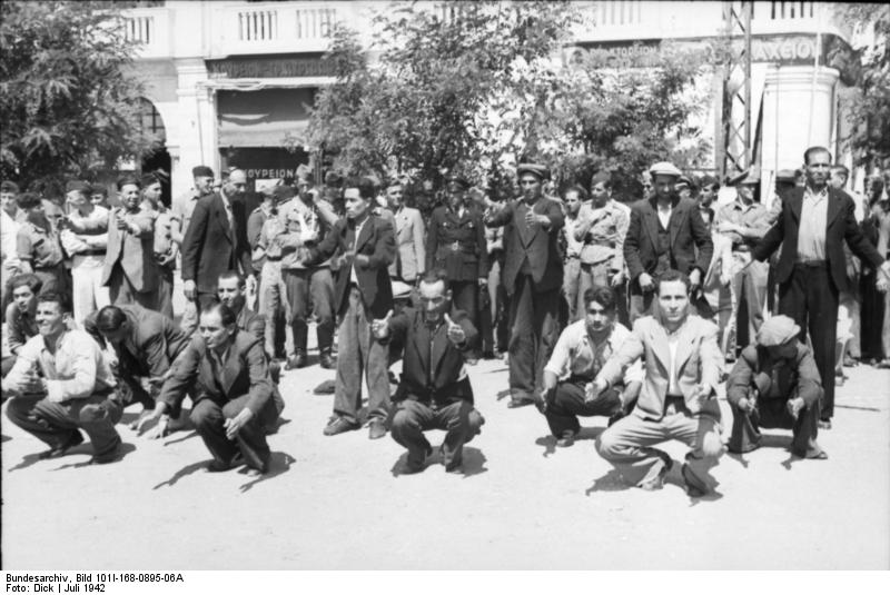 Gathering of male Jews in the Eleftheria square