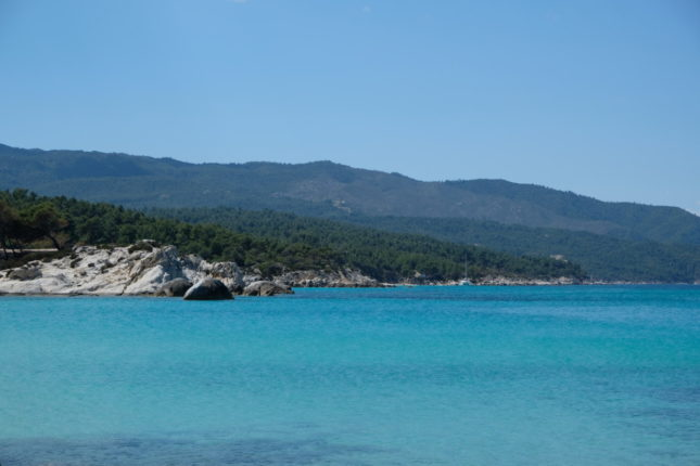 Travel idea for Erasmus in Thessaloniki: Kavourotripes Beach in Chalkidiki