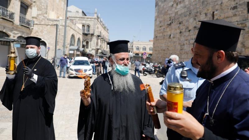 greek orthodox priests